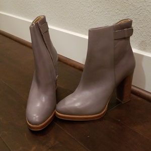 Zara grey leather ankle booties